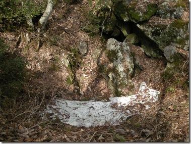 洞窟の全景1