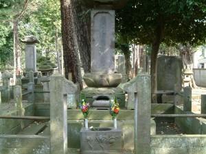 井伊直弼の墓 豪徳寺