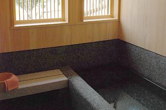露天風呂付き特別室(和室10畳+和室6畳) 2