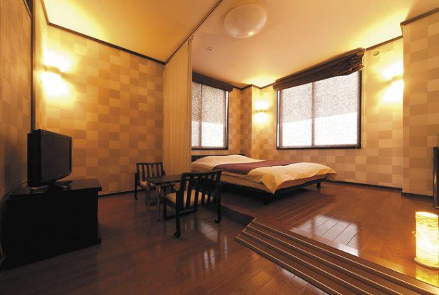 和洋室ダブルベット(洋室10畳+和室4.5畳)